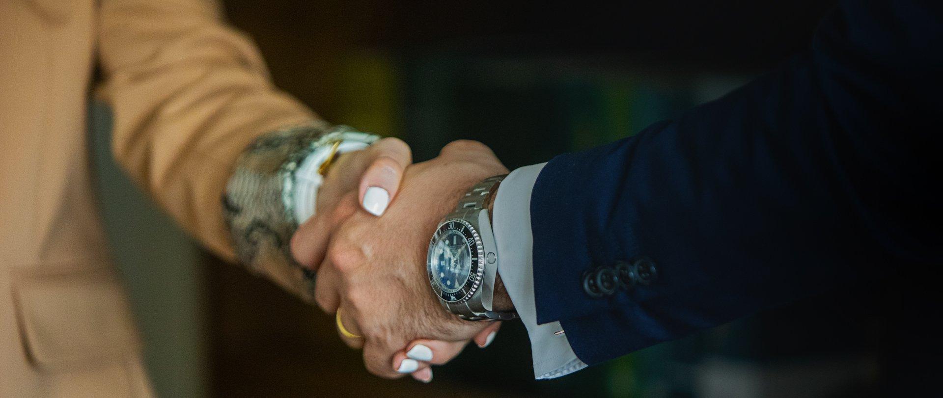 Σχέσεις Εμπιστοσύνης - Δικηγορικό Γραφείο Χρονόπουλος και συνεργάτες